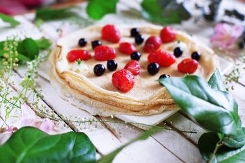 Tasty pancakes with berries - Kostenloses image #136455
