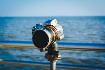 Camera on embankment of sea - image #182835 gratis