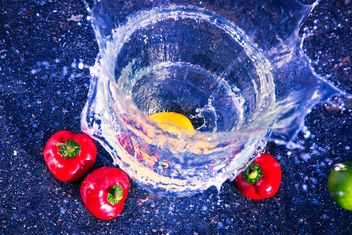 Pepper with water splash - Kostenloses image #182885