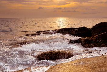 Rocky ocean shore - Free image #183465