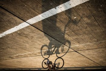 Bicycle shadow - Free image #183545