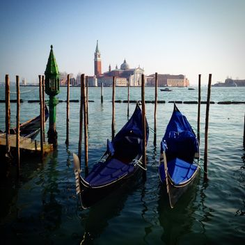 blue boats in the water - image #184125 gratis