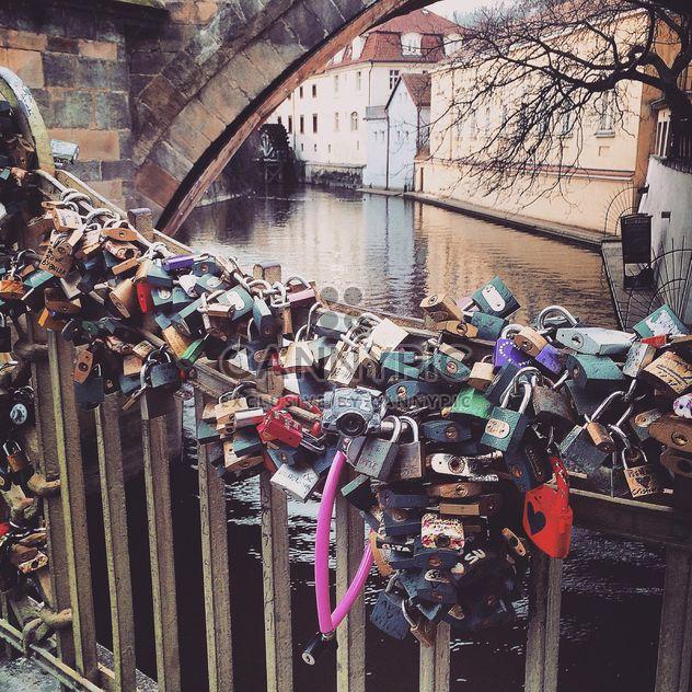 Vorhängeschlösser auf einer Brücke - Free image #184405