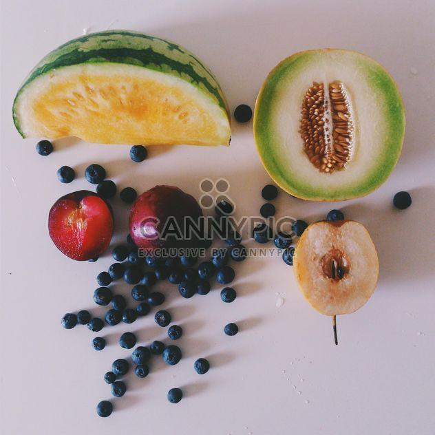 Летние фрукты - бесплатный image #185675