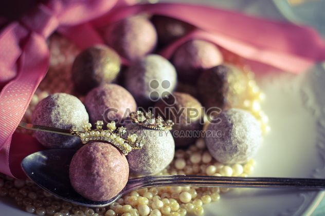 Close up of Pink glitter balls for decoration - Free image #187325
