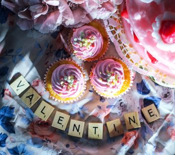 Valentine cupcakes - image gratuit #187395