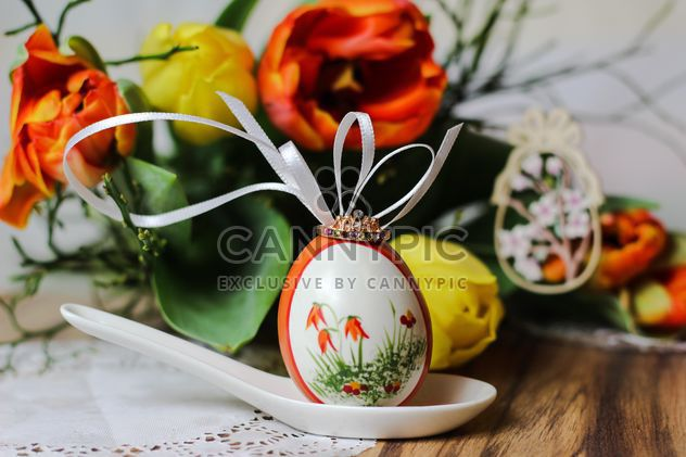 Painted Easter egg in spoon - Free image #187605