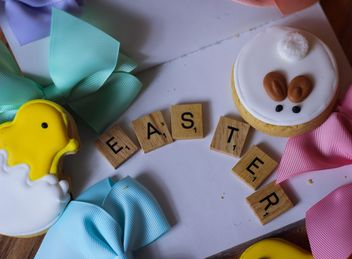 Easter cookies with wooden letters - image gratuit #187625