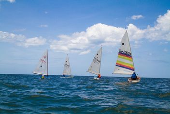 Unidentified sailing competitors - бесплатный image #198045