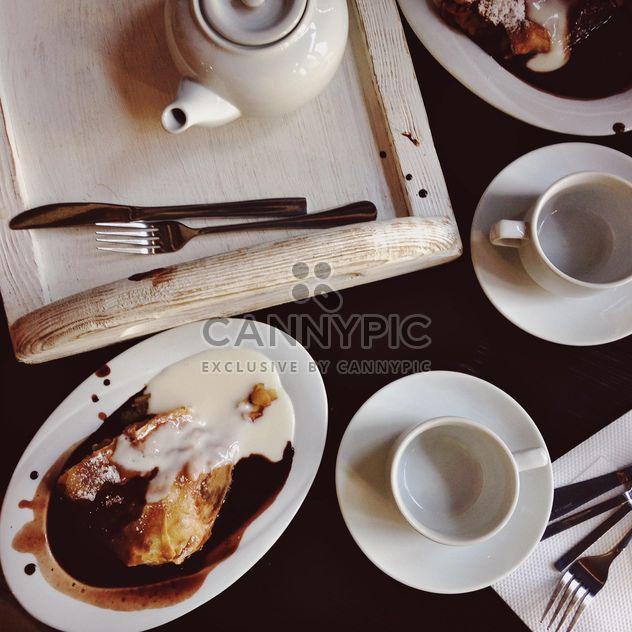 Tea and strudel - Free image #198415