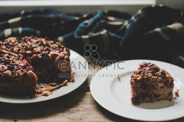 Вишневый пирог с орехами - бесплатный image #198475