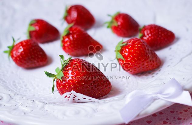 fresh strawberry in a dish - Free image #201065