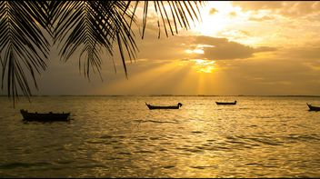 Sunset at seaside - image gratuit(e) #237285