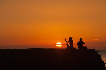 Silhouettes at sunset - image gratuit(e) #271785