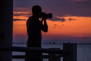Silhouette at sunset - Kostenloses image #271895