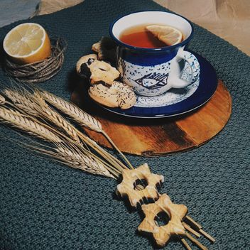 #Mirta, tea, cookies, sweets, lemon, rope, dry wheat - image #272175 gratis