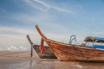 Fishing boats on a sea - бесплатный image #273535