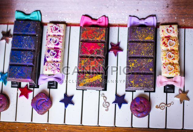 Decorated piano - Free image #273755