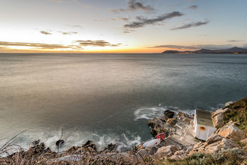Day and night, Hawk cliff, Killiney, Dublin, Ireland - image #295745 gratis