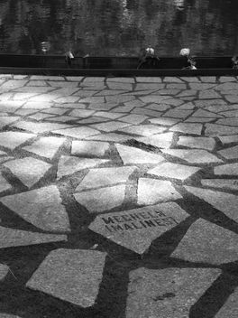 Memorial to the Sinti and Roma victims of National Socialism - бесплатный image #296275