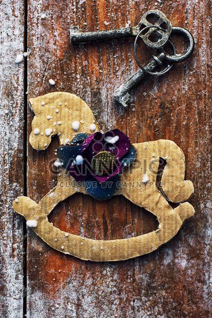 Cavalo decorativo e teclas vintage - Free image #301995