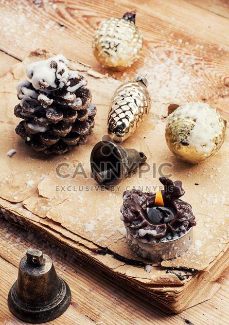 Decorações de Natal em fundo de madeira - Free image #302005