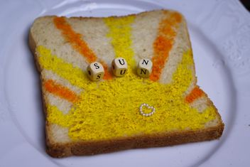 Painted toast bread - image gratuit #302515