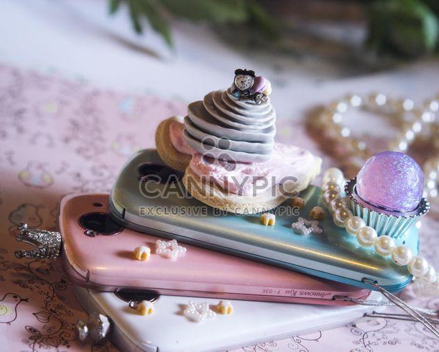 Розовый смартфон с декором и блеск - Free image #302545