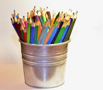 Colorful Pencils in pail - бесплатный image #302825