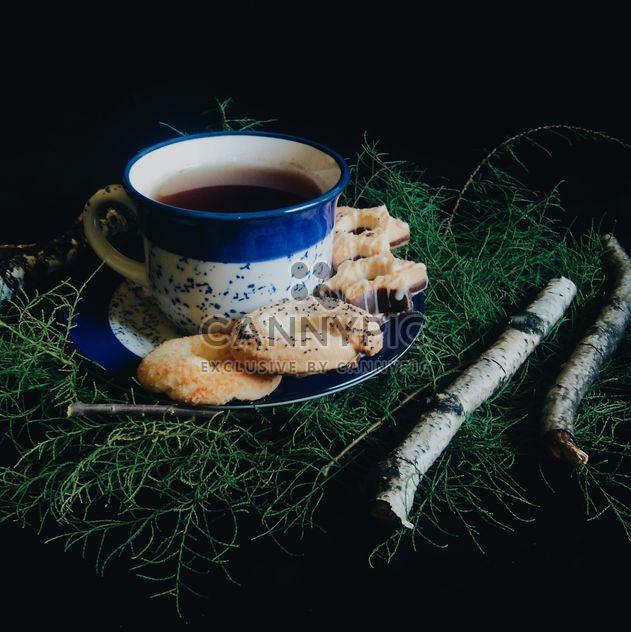 Черный чай и печенье - бесплатный image #302865