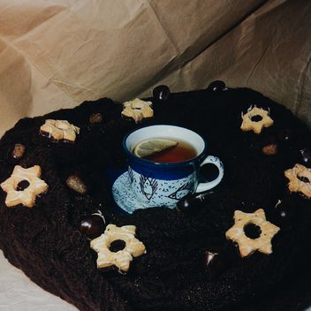 Black tea and cookies - image gratuit #302885