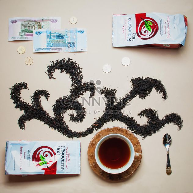 Trockenen Tee, Geld und Tasse Tee - Kostenloses image #303945