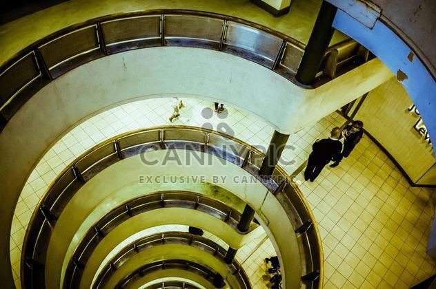 Escada em espiral urbano - Free image #304465