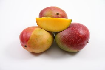 Ripe Mangoes - image gratuit #305735