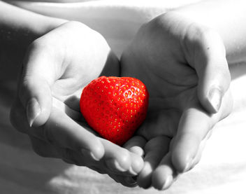 Strawberry Heart - Kostenloses image #307615