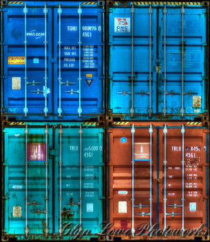 4 Shipping Containers Stacked - image gratuit #321435
