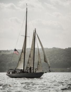 Sailing Seneca Lake - image #326885 gratis