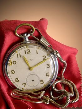 old pocket watch - image #330915 gratis