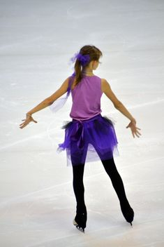 Ice skating dancer - Free image #330935