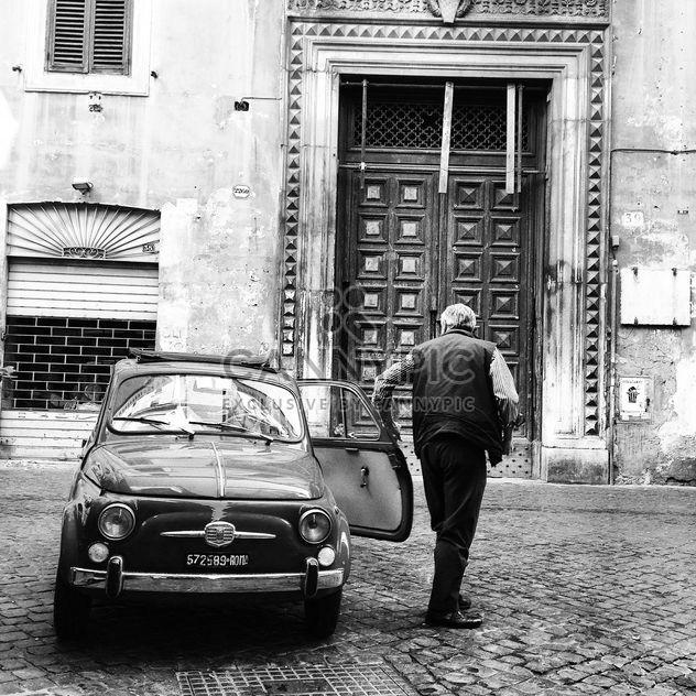 Carro antigo Fiat 500 - Free image #331095
