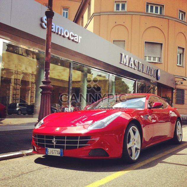 Rot-Ferrari-Auto - Kostenloses image #331135