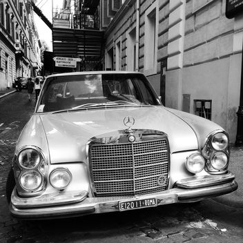 Old Mercedes car - image #331165 gratis