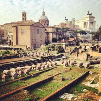 Roman Forum in Rome, Italy - image gratuit(e) #331795