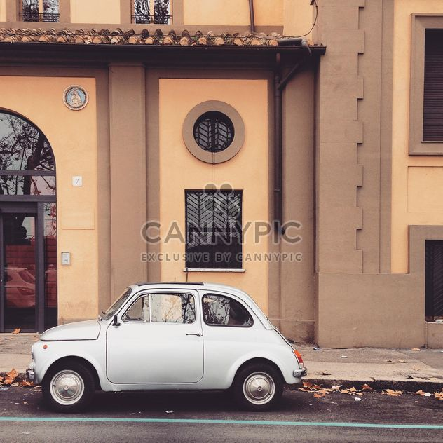 Fiat 500 parked near the house in Rome - Free image #331845