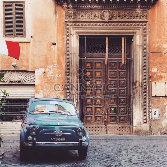 Fiat 500 parked near old building - Free image #331905