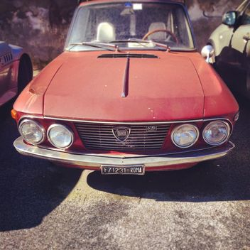 Red Lancia Fulvia car - image gratuit #332055