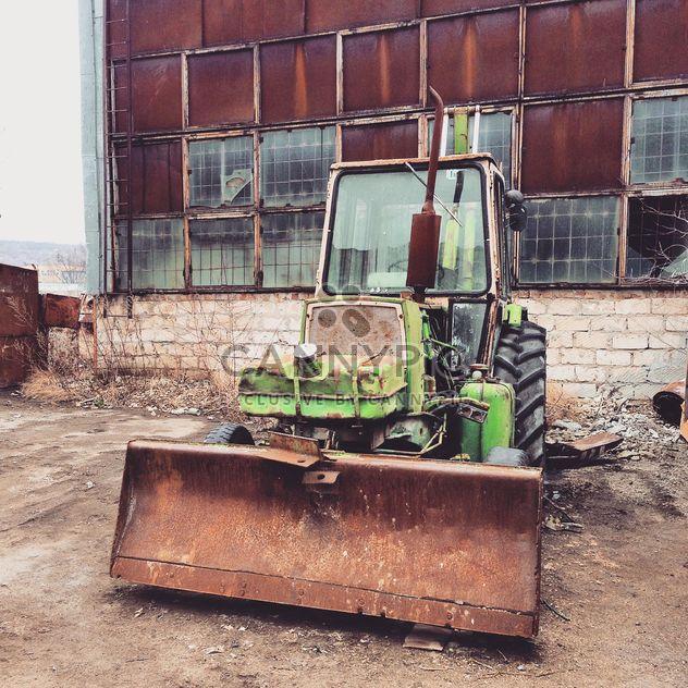 Vieux tracteur vert - image gratuit(e) #332175