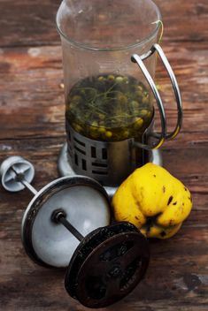Still life of metal teapot and yellow pears - image #332775 gratis