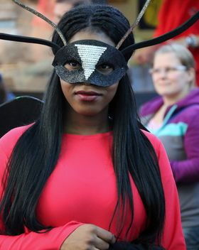people in masks on carnival - image gratuit #333725