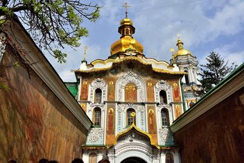 View of Assumption Cathedral in Kiev Pechersk Lavra - image gratuit #335095